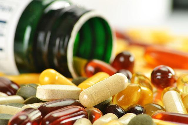 anti-inflamatories_supplements_inpost640_credit-monticello-shutterstock