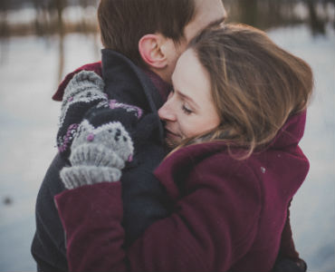 How to be better partner in relationship man and woman hugging