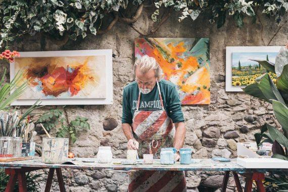 Finding good employees: artist