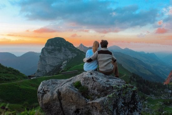 meditation helps your relationships